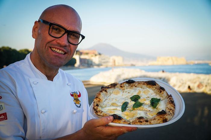 Bufala fest, pizza con formaggi filiera